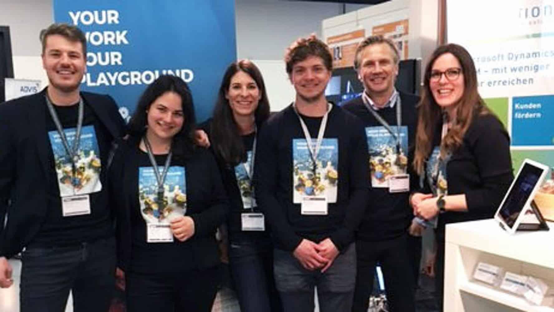 Team Foto der Absolventenmesse
