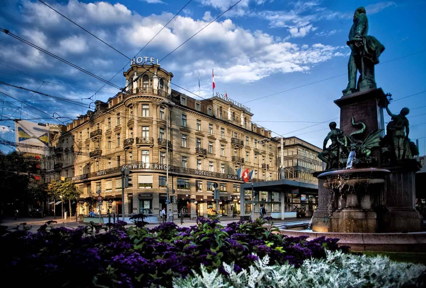 Aussenanschicht des Hotels Schweizerhof in Zürich